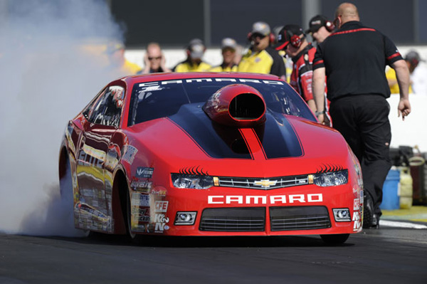 Enders-Stevens qualifies number 1 at Pomona NHRA season opener