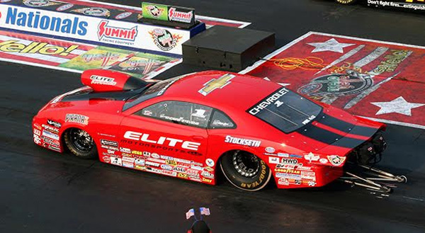 Erica Enders stumbles at Norwalk 2015