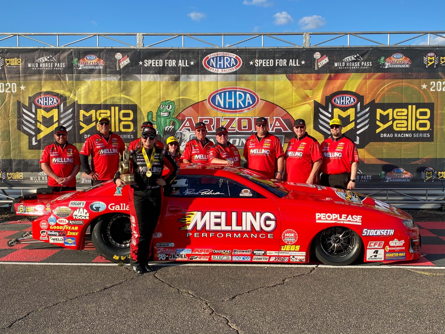 Erica Enders NHRA Arizona Nationals 2020 team